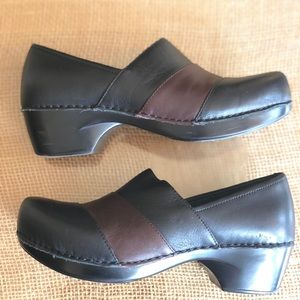 EUC Dansko Clogs Size 38